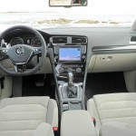 Das Cockpit des neuen Volkswagen Golf