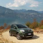 Neuer Fiat Panda 4x4 mit Allradantrieb (Standansicht)