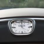 Das Analoguhr des neuen Lancia Thema 3.0 V6 CRD