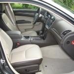 Die vorderen Sitze des Lancia Thema 3.0 V6 CRD
