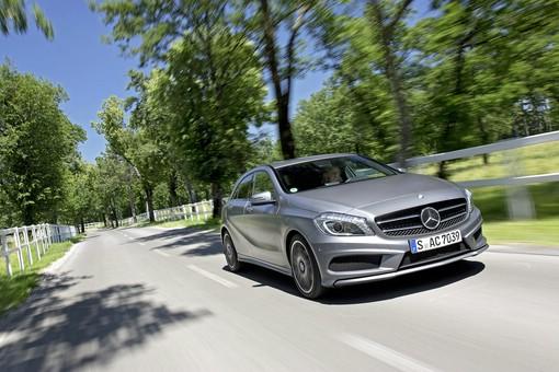 Die aktuelle (2012) Mercedes-Benz A-Klasse (Fahraufnahme)