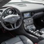 Das Armaturenbrett des Mercedes-Benz SLS AMG GT