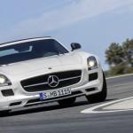 Der Mercedes SLS AMG GT auf der Rennstrecke