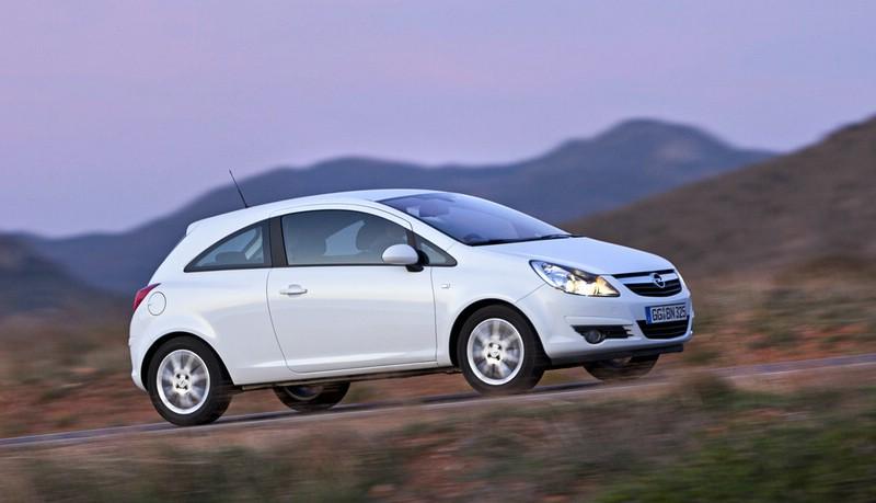Die Seitenpartie des Opel Corsa 1.3 CDTI Ecoflex