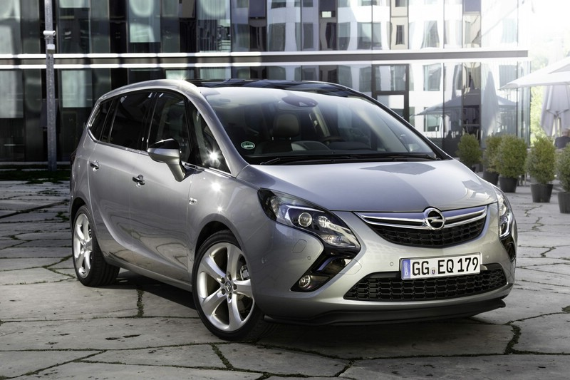 Opel Zafira Tourer 2012 in der Frontansicht
