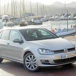 Der neue Volkswagen Golf in der Farbe Silber