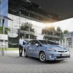 Toyota-Kompaktwagen Prius Plug-in kommt auf den Markt