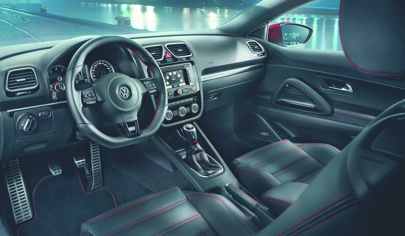 http://www.autosmotor.de/wp-content/uploads/2012/10/VW-Scirocco-GTS-Innenraum.jpg