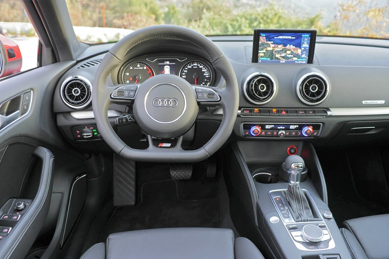 galerie audi a3 sportback cockpit bilder und fotos. Black Bedroom Furniture Sets. Home Design Ideas