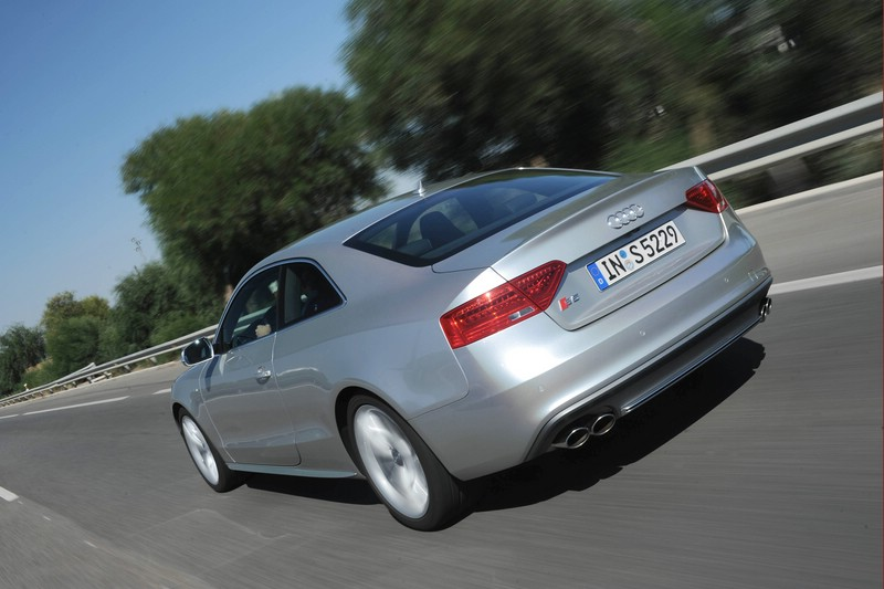 Audi A5 Coupe Modell 2015 in der Heckansicht