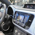 Die Mittelkonsole des neuen Beetle Cabrio von Volkswagen
