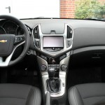 Das Armaturenbrett des Chevrolet Cruze 2.0 TD LTZ Station Wagon