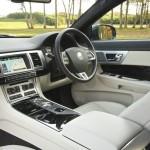 Das Cockpit des Jaguar XF Sportbrake