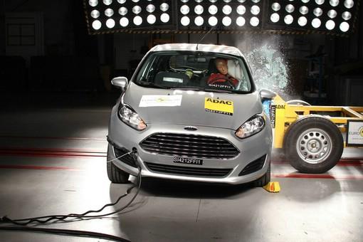 Neuer Ford Fiesta beim Crashtest