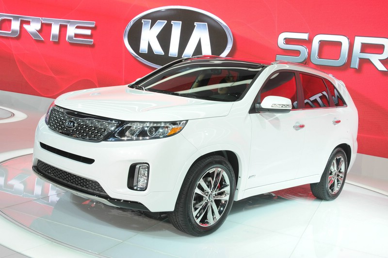 Der Kia Sorento als Facelift Modell 2013 in Los Angeles