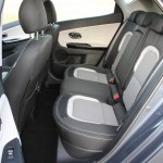 Die hinteren Sitze des Kia ceed 1.4 CRDi 90