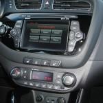 Das Touchscreen-Display im Kia ceed 1.4 CRDi 90