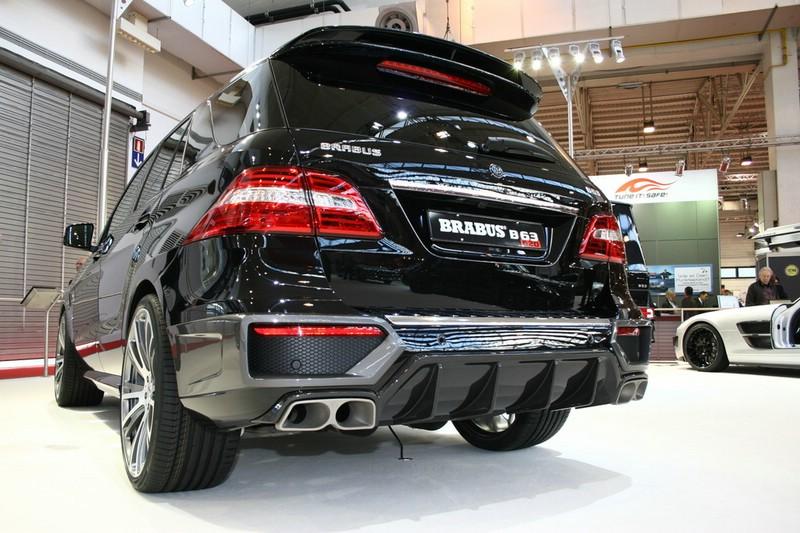 Mercedes-Benz ML 63 AMG von Brabus in schwarz