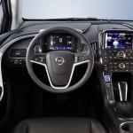 Viel Platz im Innenraum des Opel Ampera