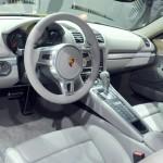 Das Interieur des neuen Porsche Cayman 2013