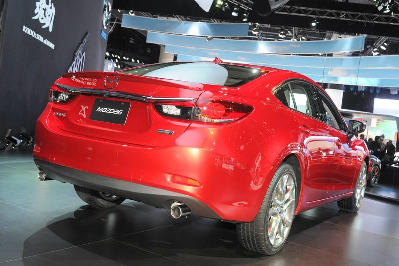 Neuer Mazda 6 auf der Messe in Los Angeles