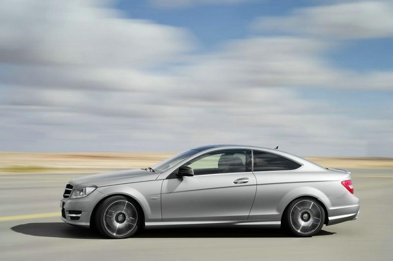 Die Seitenpartie des Mercedes-Benz C 250 Sport