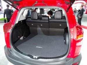 Der Kofferraum des 2013 Toyota RAV4