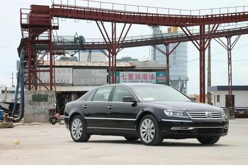 VW Phaeton (2012, Standaufnahme, Seitenansicht)