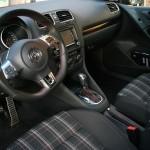 Die Sitze des Volkswagen Golf GTI Cabrios 2013