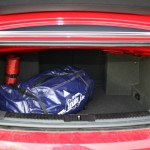 Der Kofferraum des neuen Volkswagen Golf GTI Cabriolets