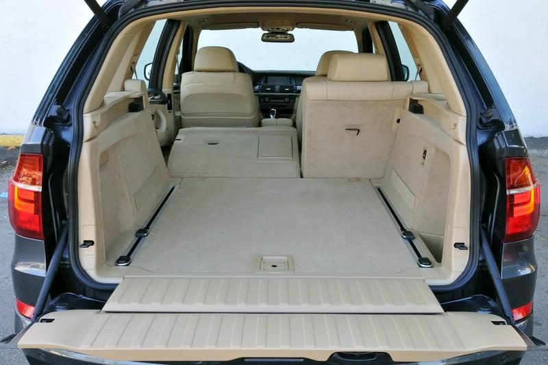 Der Kofferraum des BMW X5 xDrive40d bietet 620 Liter Ladevolumen