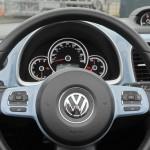 Das Cockpit des Beetle Cabriolet