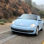 Die Frontpartie eines Beetle Cabriolet Modell 2013