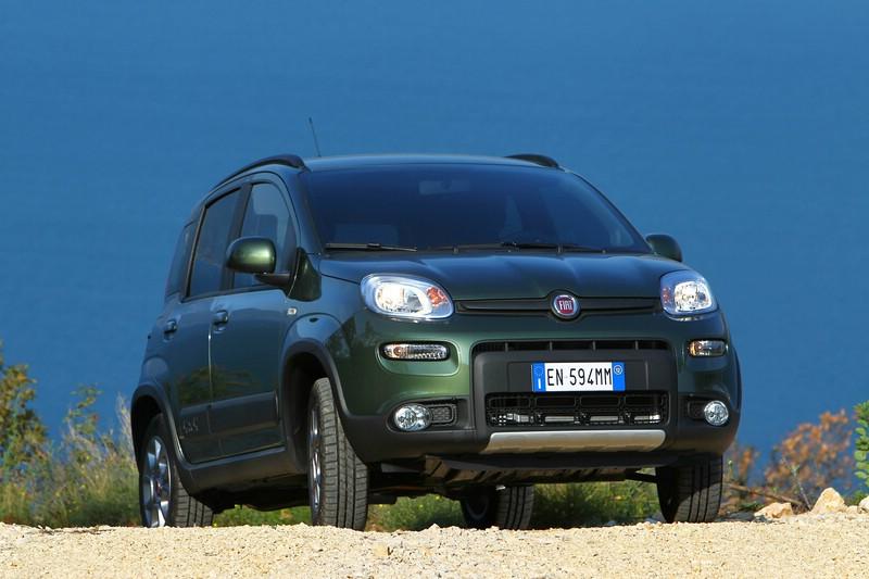 Der Fiat Panda 4x4 in Dunkelgrün
