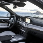 Das Armaturenbrett der 2013er Mercedes-Benz E-Klasse