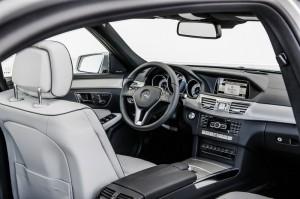 Das Cockpit der Mercedes-Benz E-Klasse Facelift