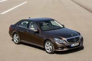 Mercedes-Benz E-Klasse E Hybrid aus der Vogelprespektive
