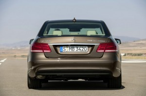 Die Heckpartie des Mercedes-Benz E-Klasse E Hybrid