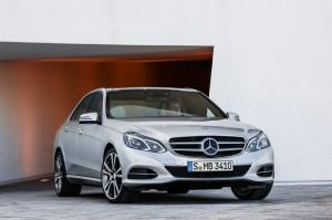 Facelift-Modell Mercedes-Benz E-Klasse als Limousine