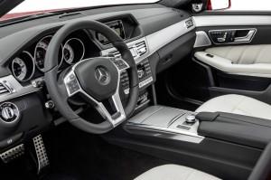 Das Cockpit des facegelifteten Mercedes-Benz E-Klasse T-Modell