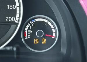 Die Anzeige für Gas im Volkswagen Eco-Up