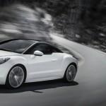 Modellgepflegter Peugeot RCZ in der Farbe Weiss