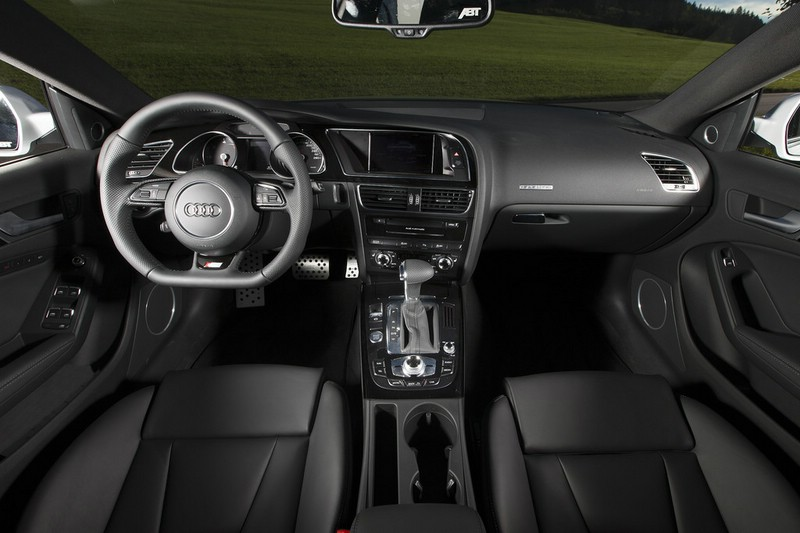 Der Innenraum des Abt Audi AS5 Sportback