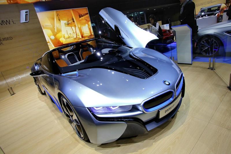 Die Frontpartie des BMW i8 Concept