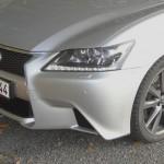 Die Frontschürze des Lexus GS 450h F-Sport