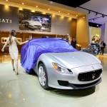 Hostess enthüllt den neuen Maserati Quattroporte