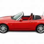 2005-er Mazda MX-5 3rd Generation in der Seitenansicht