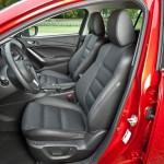 Der Fahrer und Beifahrersitz des Mazda6 2.2 Skyactiv-D