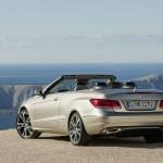 2013er Mercedes-Benz E-Klasse Cabrio in der Heckamsicht