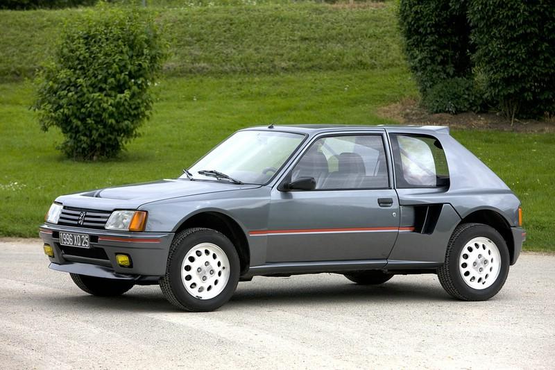 Peugeot 205 Turbo 16 aus den 1980-er Jahren